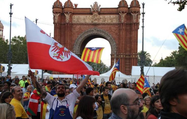 Gegner Kataloniens fürchten Blaupause für Südtirol