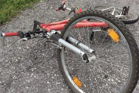Fahrradunfall Symbolfoto Fahrrad Unfall Zusammenstoss (11)
