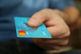 Kreditkarte_Karte_Geld