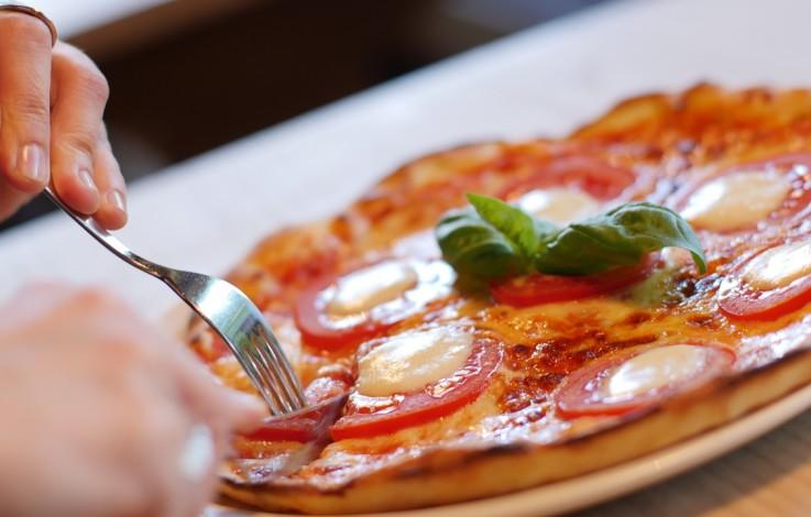 Pizza bestellen per Facebook – VIDEO