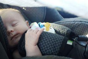 kleinkind_baby_auto_kindersitz