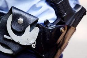 Handschellen, Pistole, Polizei