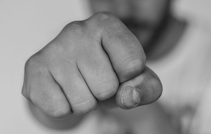 Gewalt und Erpressung: Jugendbande schlägt zu