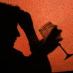Alkoholisierter liegt auf Straße – Von Pkw erfasst