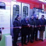 Erster von sieben neuen Züge für nachhaltige Mobilität vorgestellt