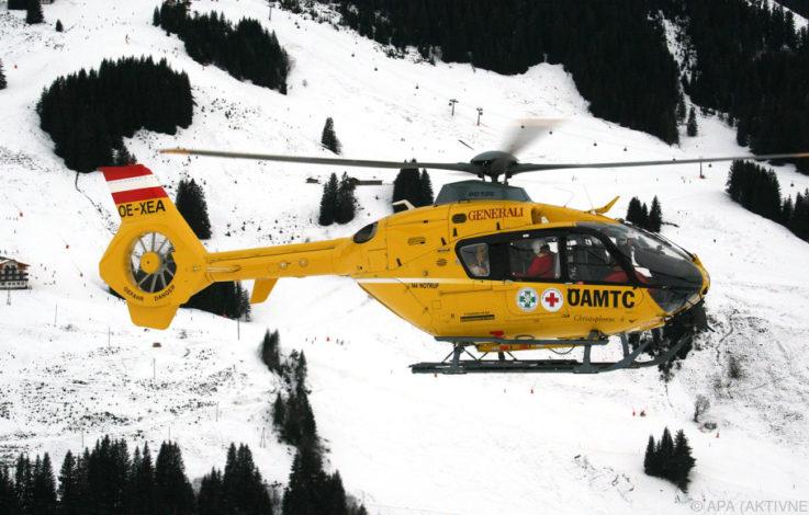 Drei Alpinisten von Lawine mitgerissen