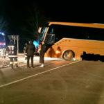 Wipptal: Bus gerät über Fahrbahn