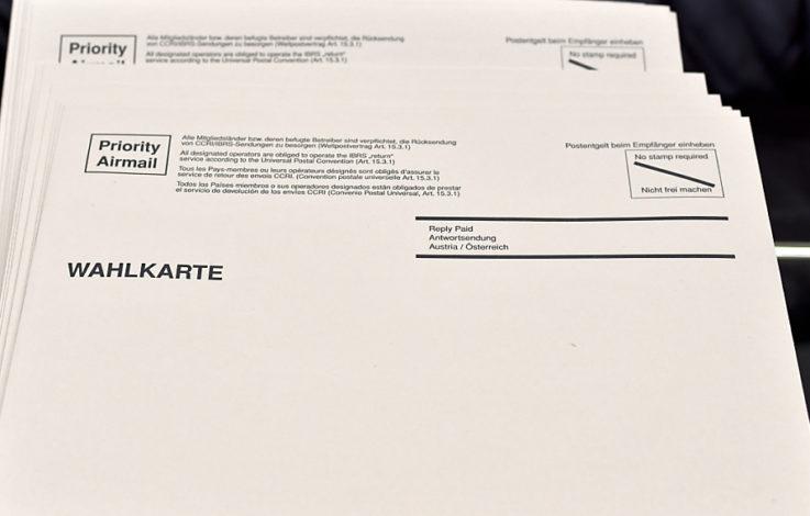Wahlkarten in Tirol ausgestellt