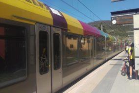 Zug_Bahn_Südtirol-Zug_Vinschgerbahn_Flirt