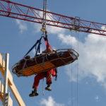 Arbeiter stürzt bei Montagearbeiten 20 Meter ab
