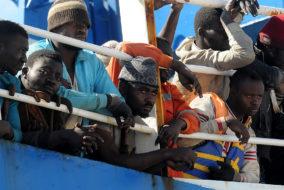 refugee, migration, Horizontal, Politik