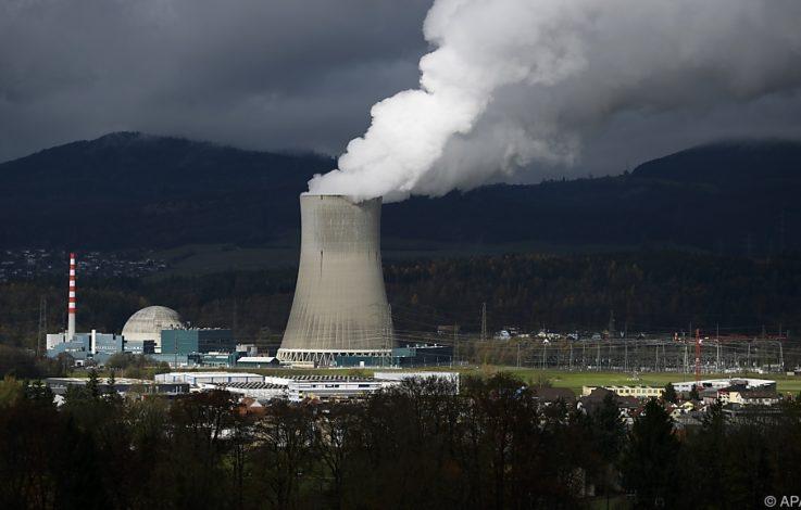 Schweizer stimmen über Atomausstieg ab