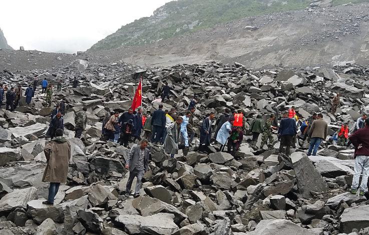 Mehrere Tote nach Erdrutschkatastrophe in China gefunden