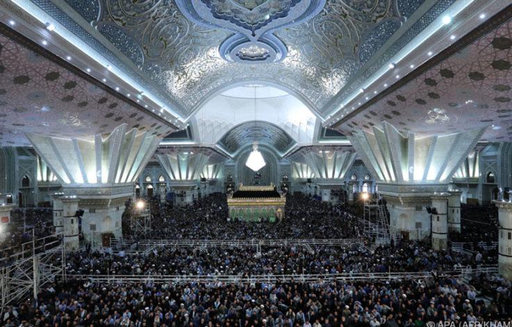 Terroranschläge auf Parlament und Mausoleum in Teheran