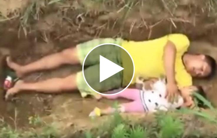 Schreckliches Schicksal: Vater lässt zweijährige Tochter im Grab probeliegen