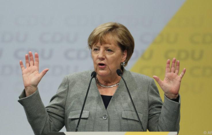 Merkel macht in Abgas-Affäre Druck auf die Autobosse