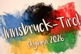 ABD0030_20170814 - INNSBRUCK - ÖSTERREICH: das Olympia-Logo am Montag, 14. August 2017, während der Pressekonferenz für eine mögliche Olympia-Bewerbung von Innsbruck/Tirol 2026 in Innsbruck. - FOTO: APA/EXPA/JAKOB GRUBER