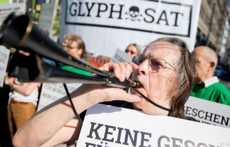 Bundestag debattiert über Unkrautvernichtungsmittel Glyphosat