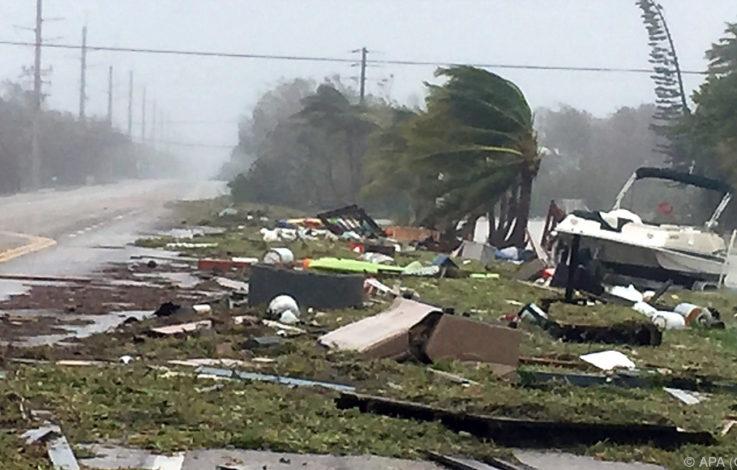 """""""Irma"""" tobte mit weniger Kraft, ist aber weiter gefährlich"""