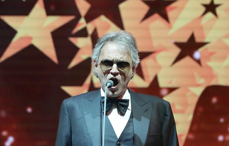 Andrea Bocelli singt mit Elton John und Jose Carreras in Rom