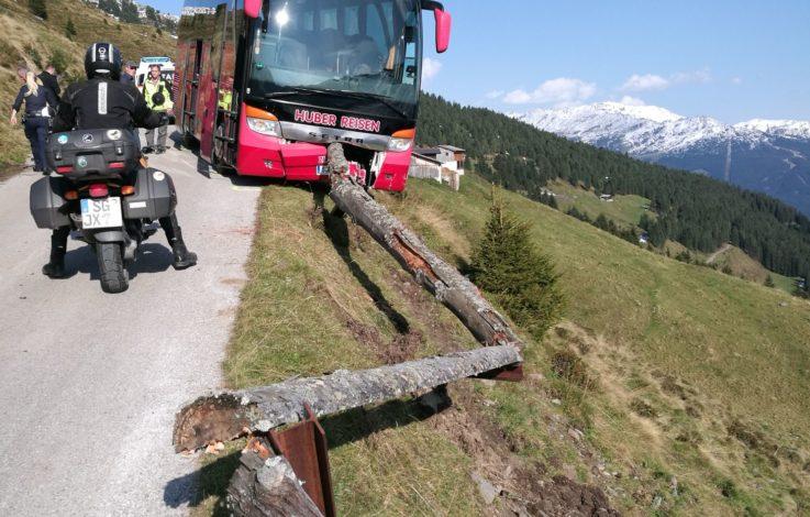 Heldentat: Fahrgast verhindert Busabsturz im letzten Moment