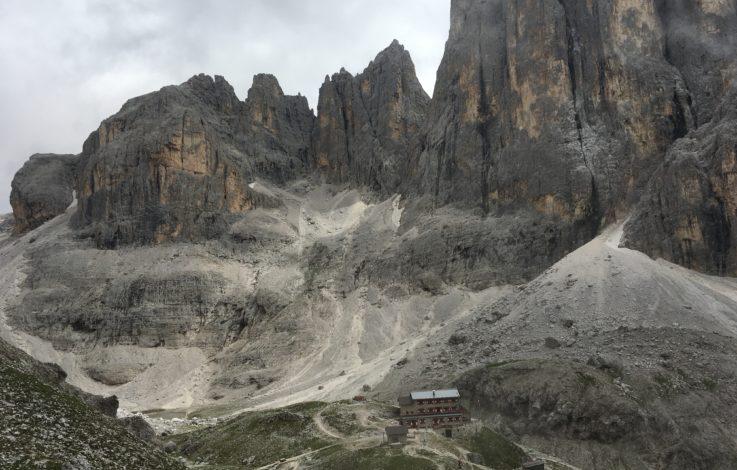 Un rifugio fra i monti: il Rifugio Pradidali