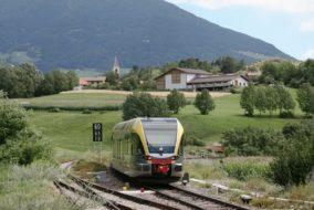 Vinschgaubahn_Vinschgerbahn_Südtirol Bahn_Zug