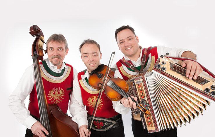 Zillertal: Ursprung Buam feiern an neuem Ort