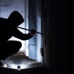 Einbrecher durchwühlen Keller
