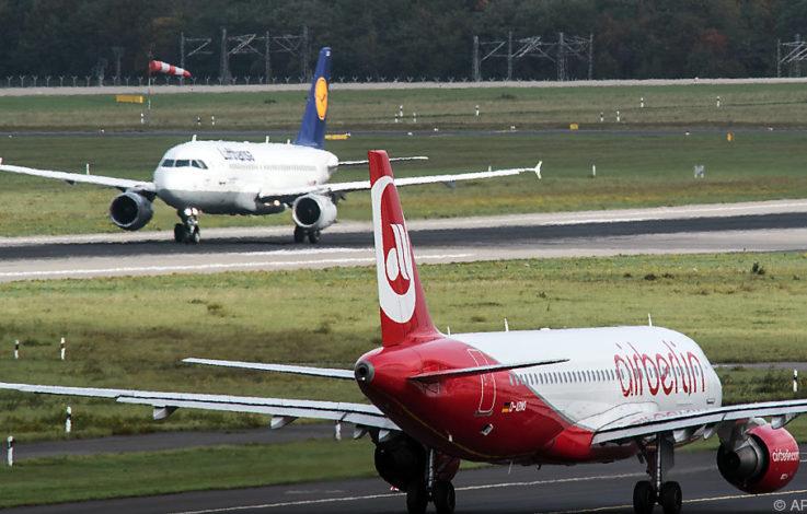 Lufthansa nimmt Air Berlin und Niki an Bord – EasyJet pokert