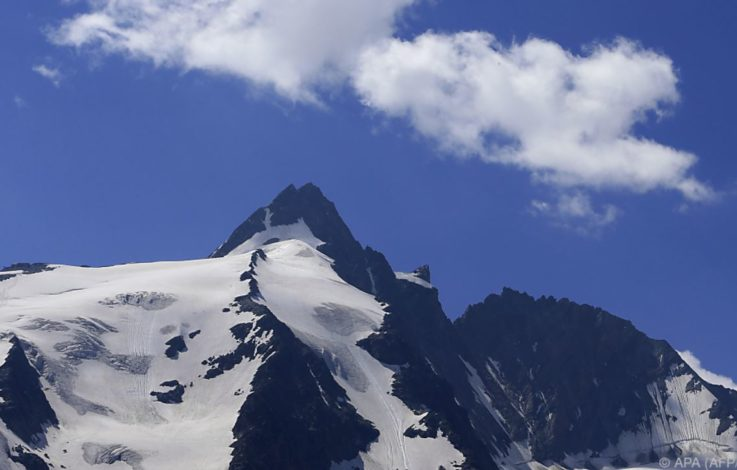 Bergsteiger stürzt am Großglockner 400 Meter in den Tod