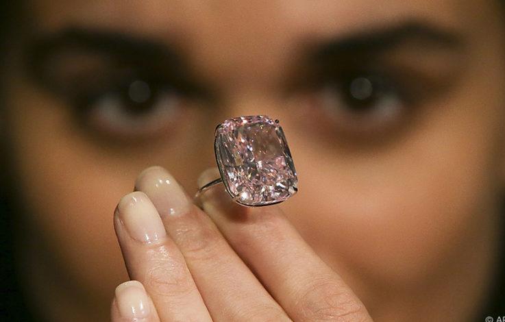 Saftig: So viel kostet der größte pinkfarbene Diamant