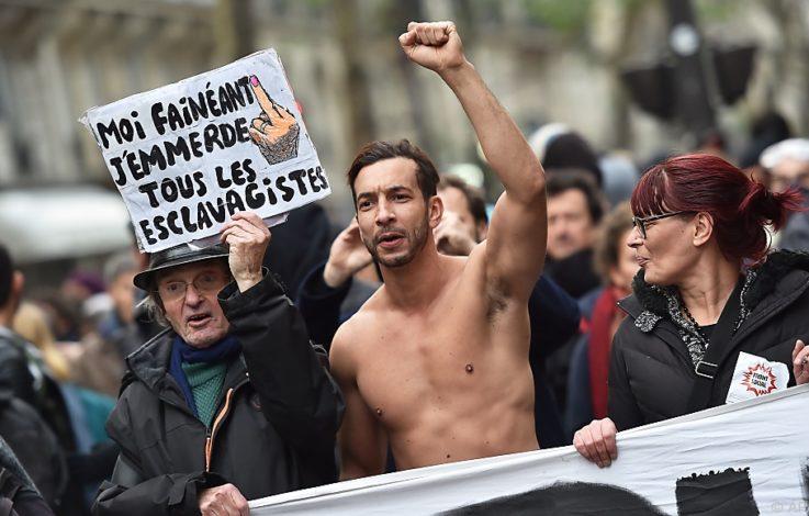 Tausende Franzosen demonstrieren gegen Macron-Regierung