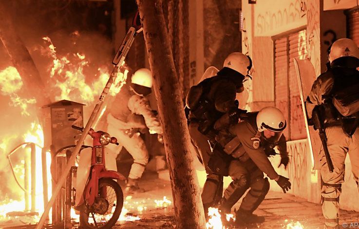 Chaosnacht im Athener Autonomenviertel Exarchia