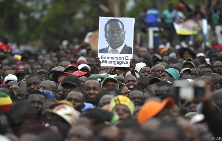 Simbabwes Regierungspartei will Mugabe ablösen