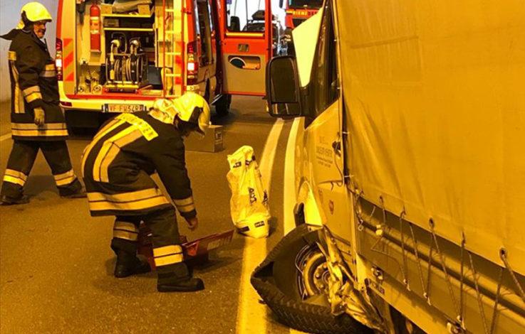 Pustertal: Crash im Tunnel fordert Verletzte