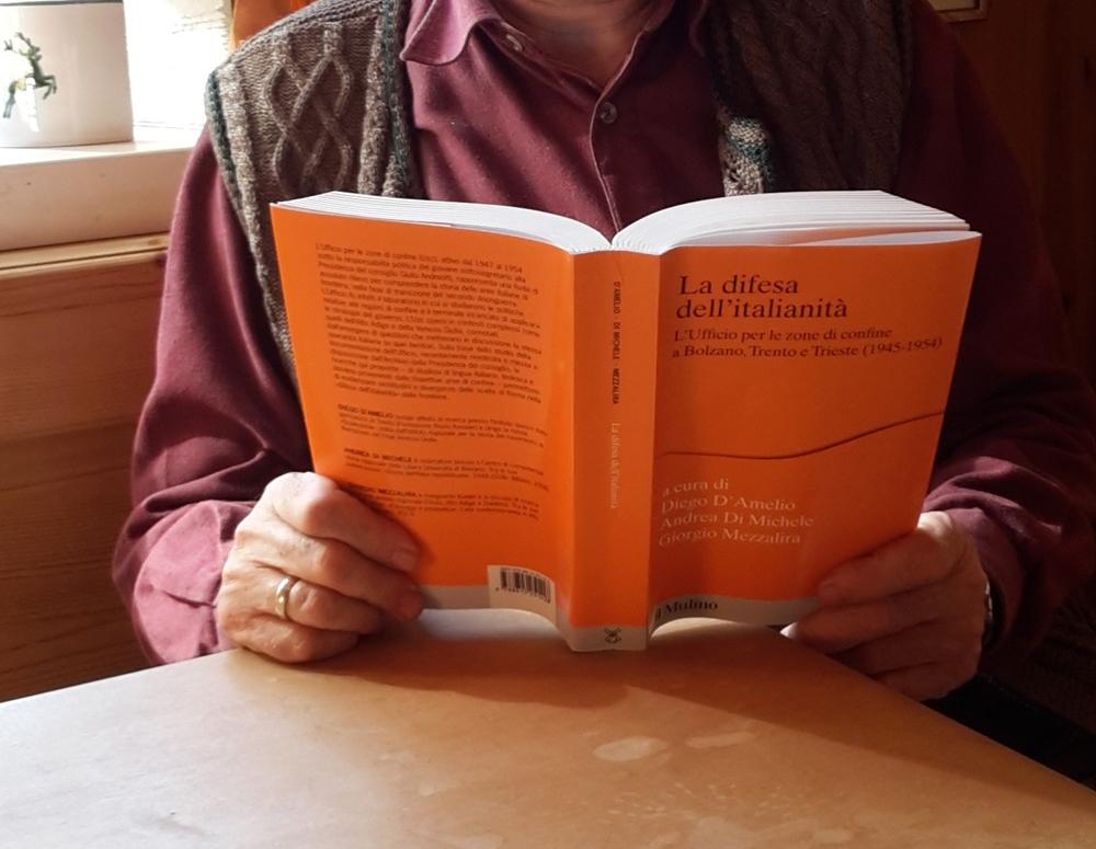 Ufficio Per Le Zone Di Confine : Unsertirol die u everteidigungu c der italianità buchbesprechung
