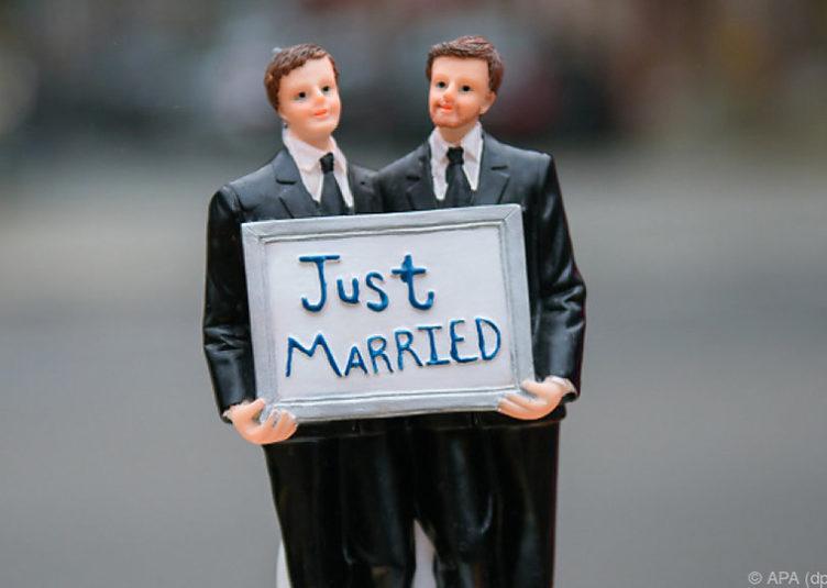 Aus der Ehe stammt jemand