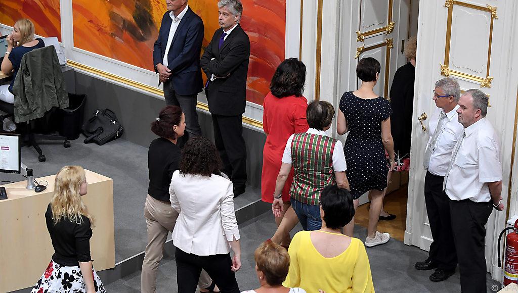 Österreich: Frauen boykottieren Pilz-Vereidigung